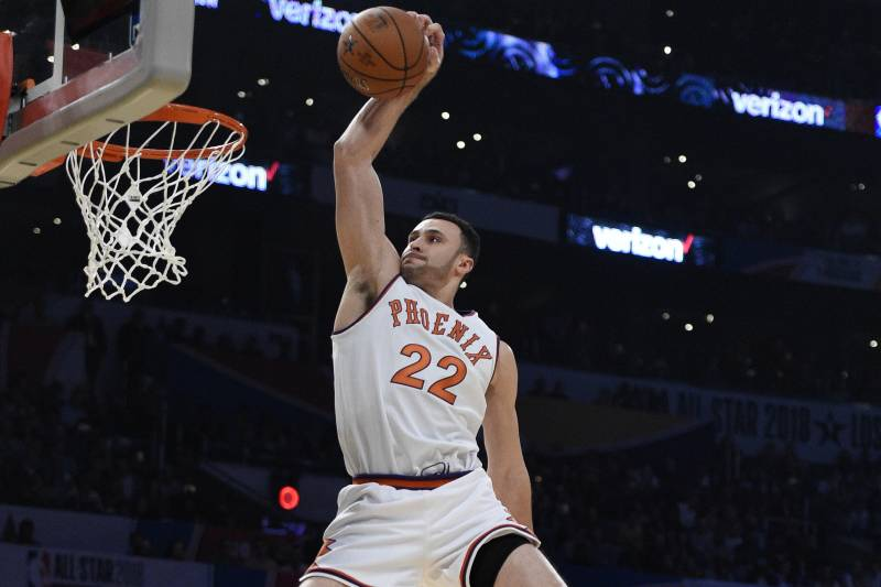 buy popular ac9f1 85779 Larry Nance Jr. to Wear Father's Retired No. 22 with ...