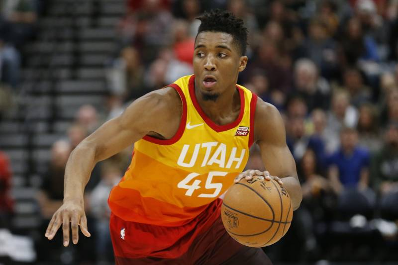 on sale 0e20e cf92c Donovan Mitchell Scores Jazz Tickets for Guy Asking Girl on ...