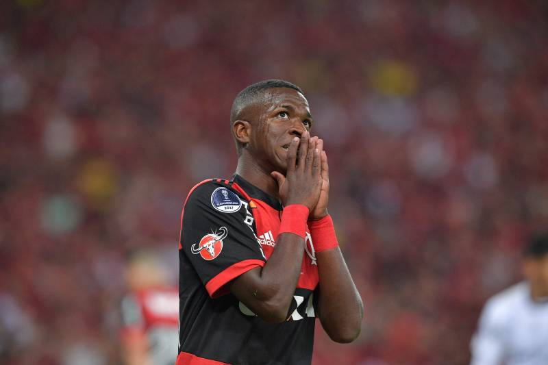 3f2bc33ce2a Brazil s Flamengo player Vinicius Junior reacts during their 2017  Sudamericana Cup football final against Argentina s Independiente