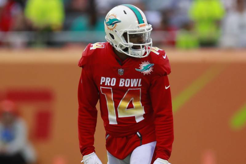 quality design a3792 69447 Jarvis Landry Reportedly Signs Dolphins Franchise Tag Tender ...