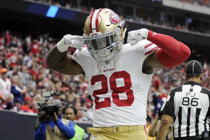 differently a0986 86382 Carlos Hyde's Old Tweet Ripping Cleveland Sports Found After ...