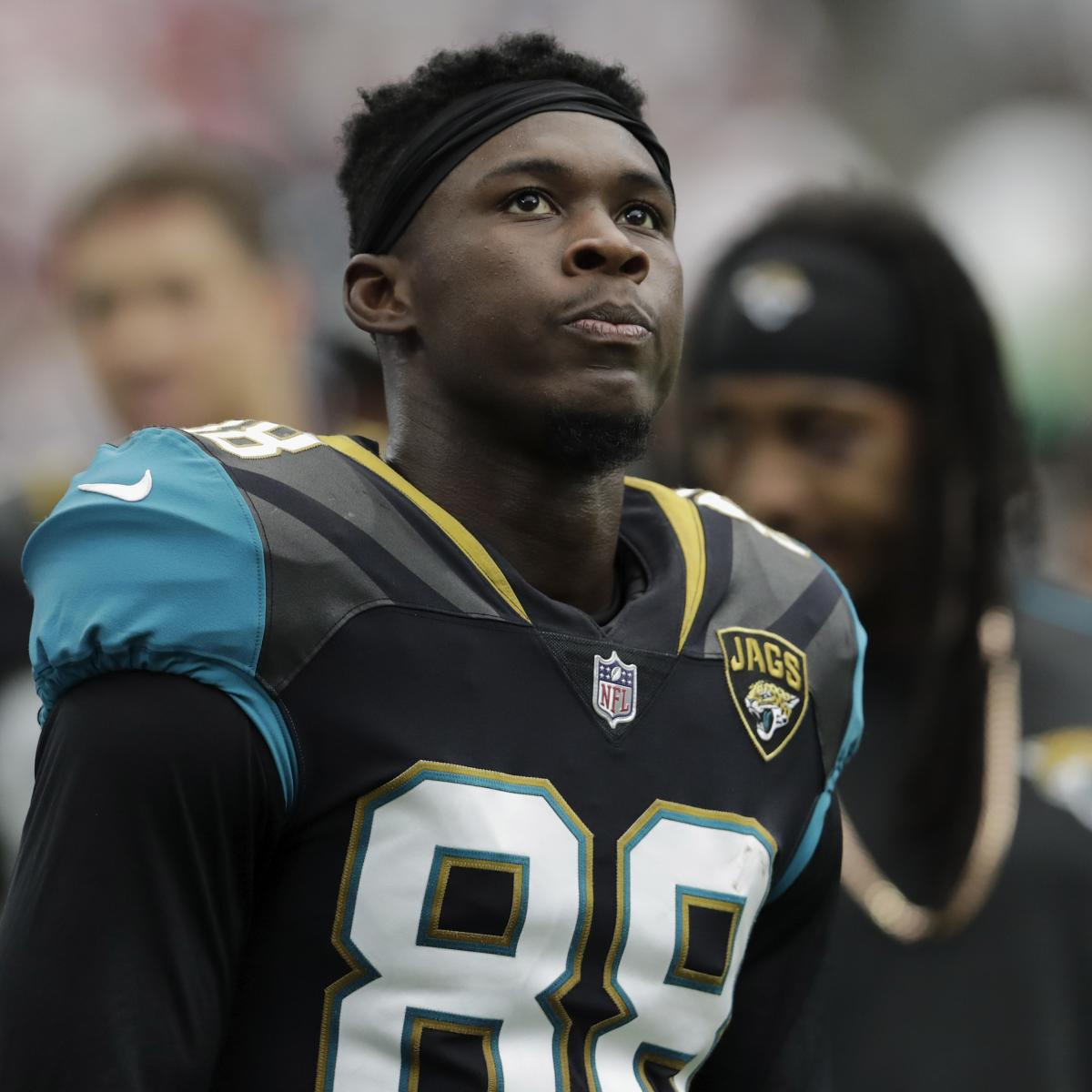Colorado Shooting R H Youtube Com: Allen Hurns Switching To Jersey No. 17 To Honor Florida