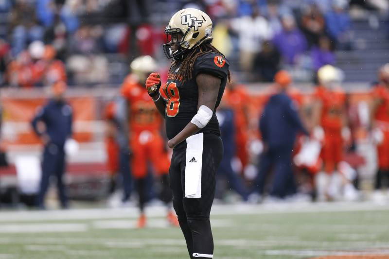MOBILE, AL - JANUARY 27: Linebacker Shaquem Griffin #18 from Central Florida on the South Team during the 2018 Resse's Senior Bowl game at Ladd-Peebles Stadium on January 27, 2018 in Mobile, Alabama. The South defeated the North 45 to 16. (Photo by Don Juan Moore/Getty Images)