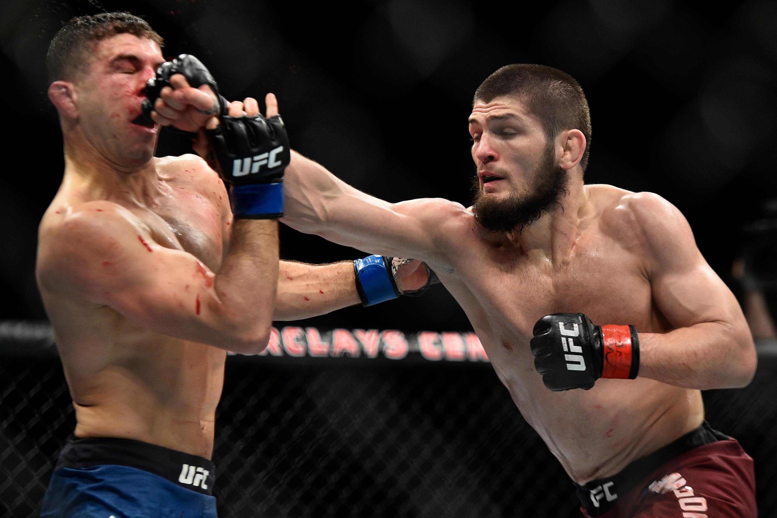 Khabib Nurmagomedov Beats Al Iaquinta at UFC 223 for Lightweight Title |  Bleacher Report | Latest News, Videos and Highlights