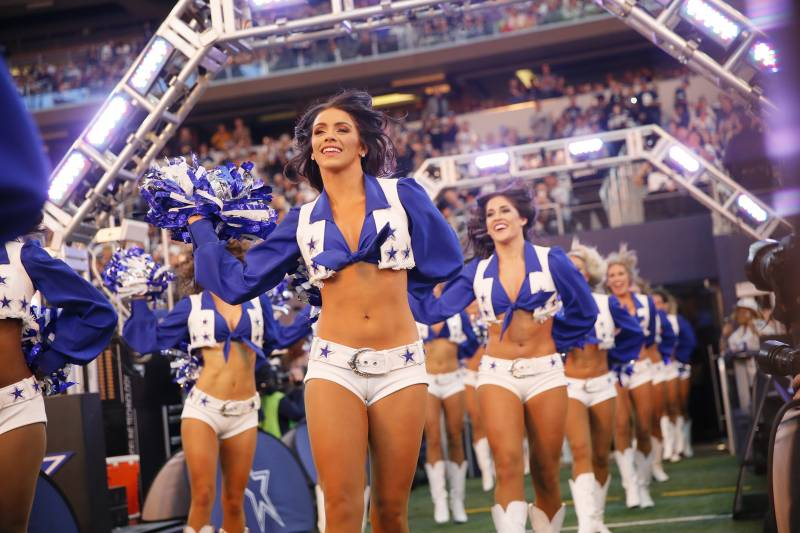 6c13f885 NFL, NBA Cheerleaders Discuss Sexual Harassment from Fans, Work ...