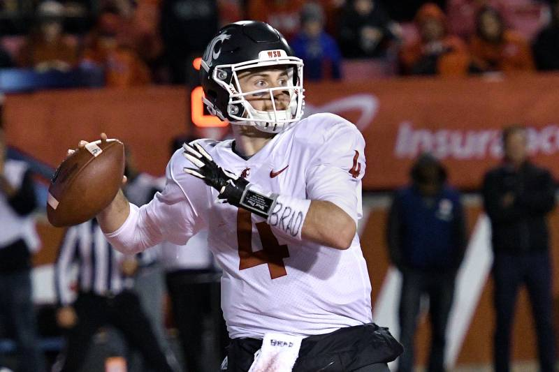separation shoes 5aa1f f031f Titans Pick QB Luke Falk in 6th Round to Groom as Marcus ...