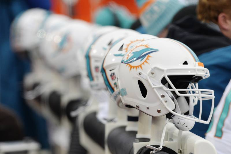 NFL Bans Lower-Performing Helmets, Impacts 'About 200