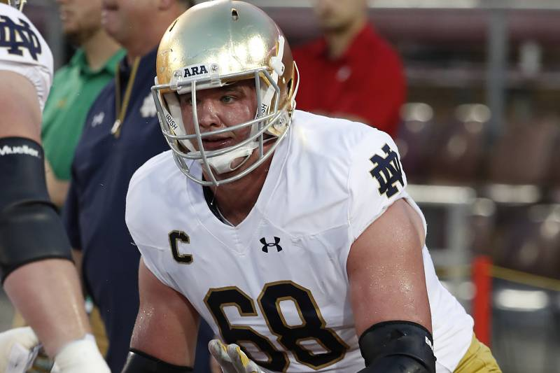 3b94c9cbd6d Notre Dame offensive lineman Mike McGlinchey (68) warms up before an NCAA  college football