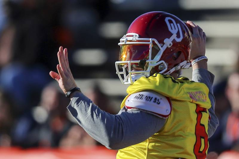 201a62bb843 North Squad quarterback Baker Mayfield of Oklahoma (6) throws a pass during  the North's