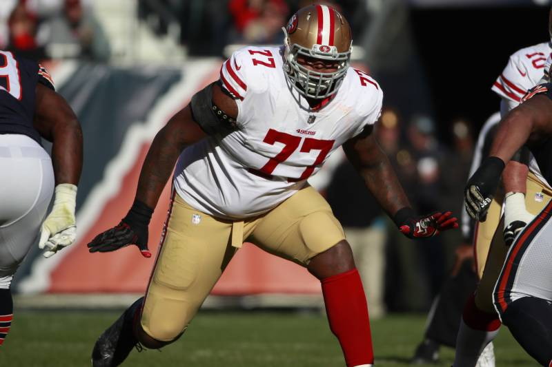 promo code 1828a 9e43a Trent Brown Traded to Patriots; 49ers Receive 3rd-Round ...