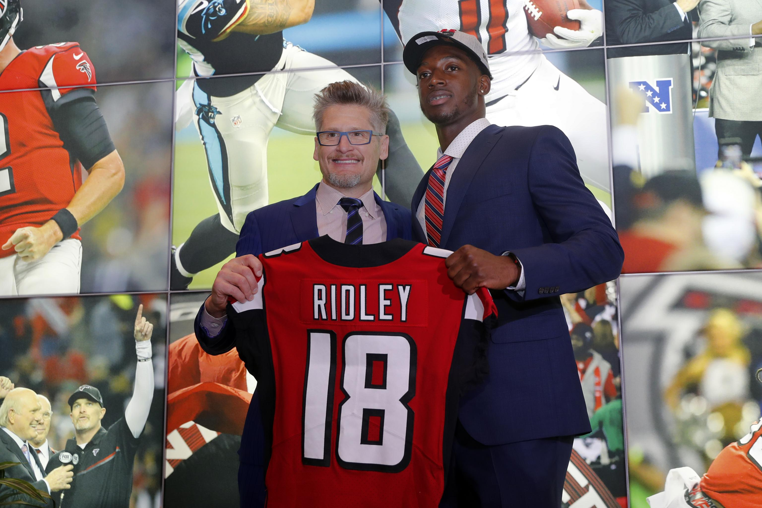 Calvin Ridley Agrees To Rookie Contract With Falcons Bleacher Report Latest News Videos And Highlights