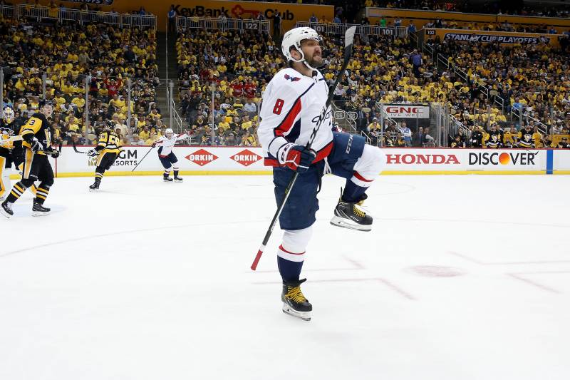 1f61f060dbf Alex Ovechkin Late Goal Gives Capitals Game 3 Win vs. Sidney Crosby ...