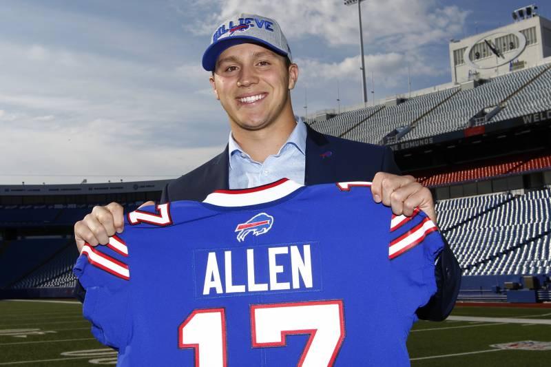 half off 77020 1afc5 Josh Allen, Bills Agree to 4-Year Rookie Contract | Bleacher ...
