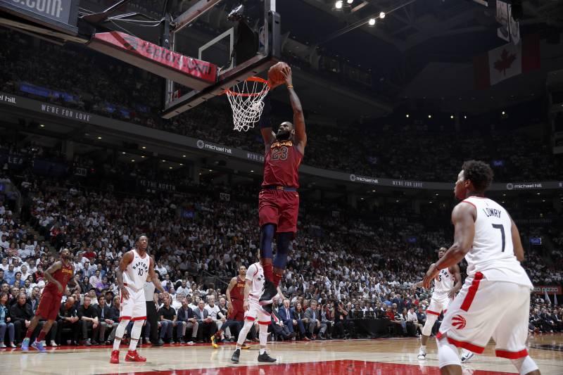 Mark Jones Calls Toronto  LeBronto  as LeBron James Lights Up ... 4c0a0c50c
