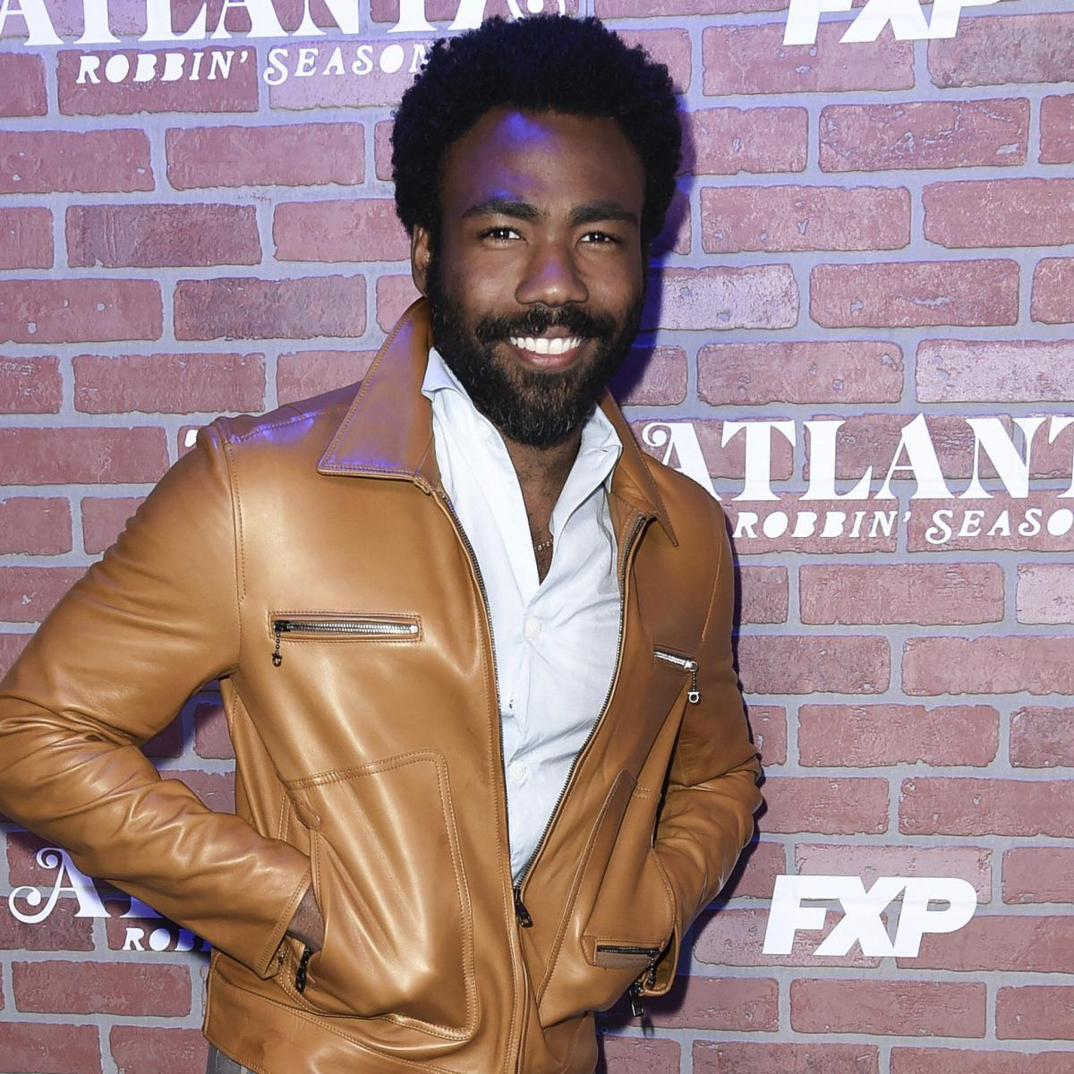Donald Glover, Kenan Thompson and SNL Spoof LeBron James' Cavaliers Teammates | Bleacher Report | Latest News, Videos and Highlights