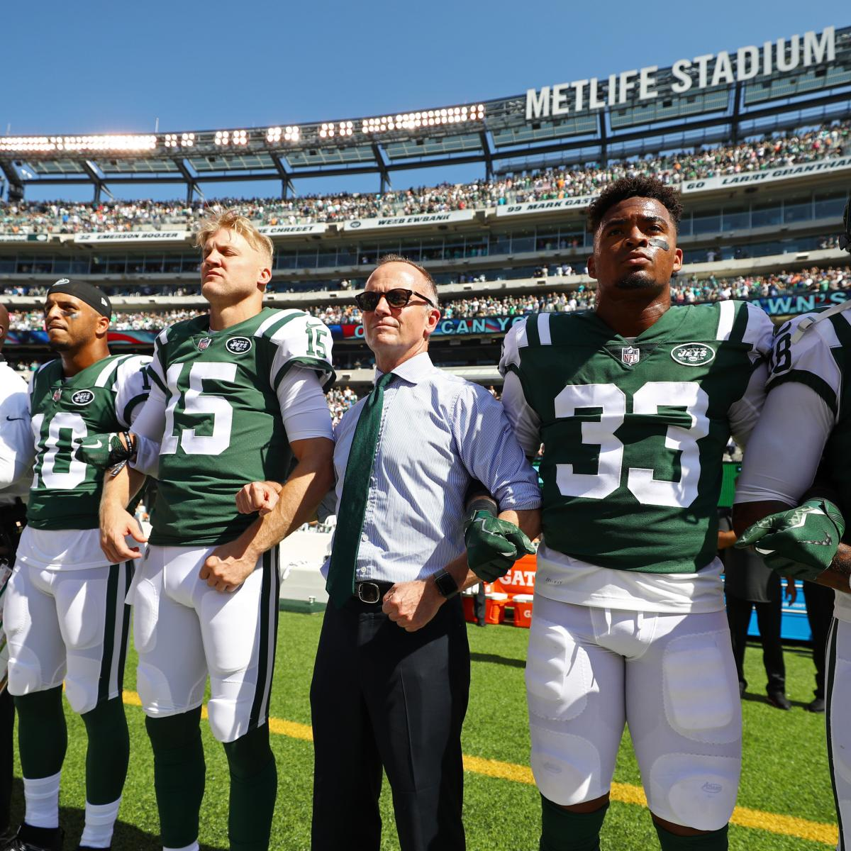 Jets Owner Christopher Johnson Says He Will Pay Players' Anthem-Related Fines