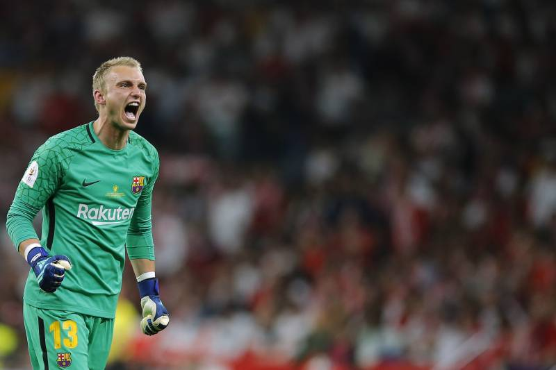2e23e21f3 Barcelona goalkeeper Jasper Cillessen celebrates after Luis Suarez scoring  his side s opening goal during the Copa