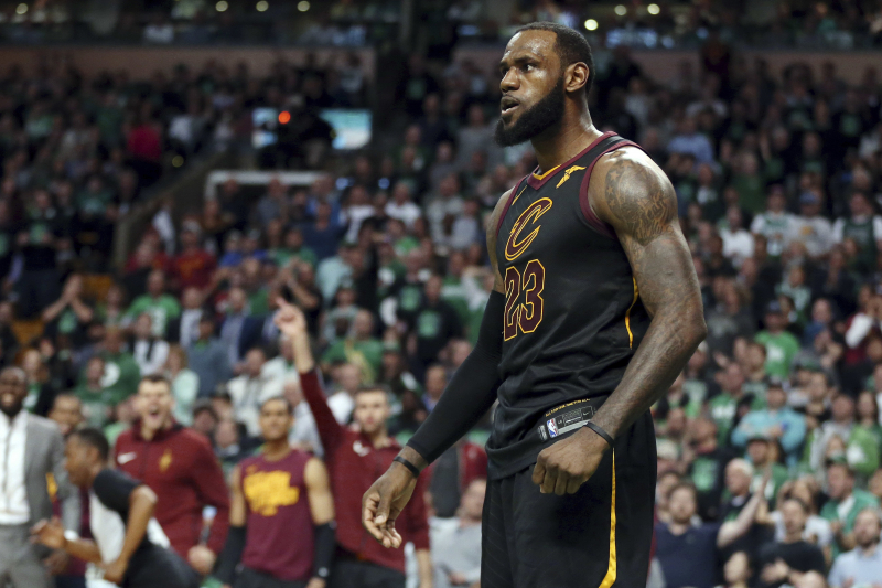 LeBron James Agrees to 4-Year, $154 Million Contract with Lakers
