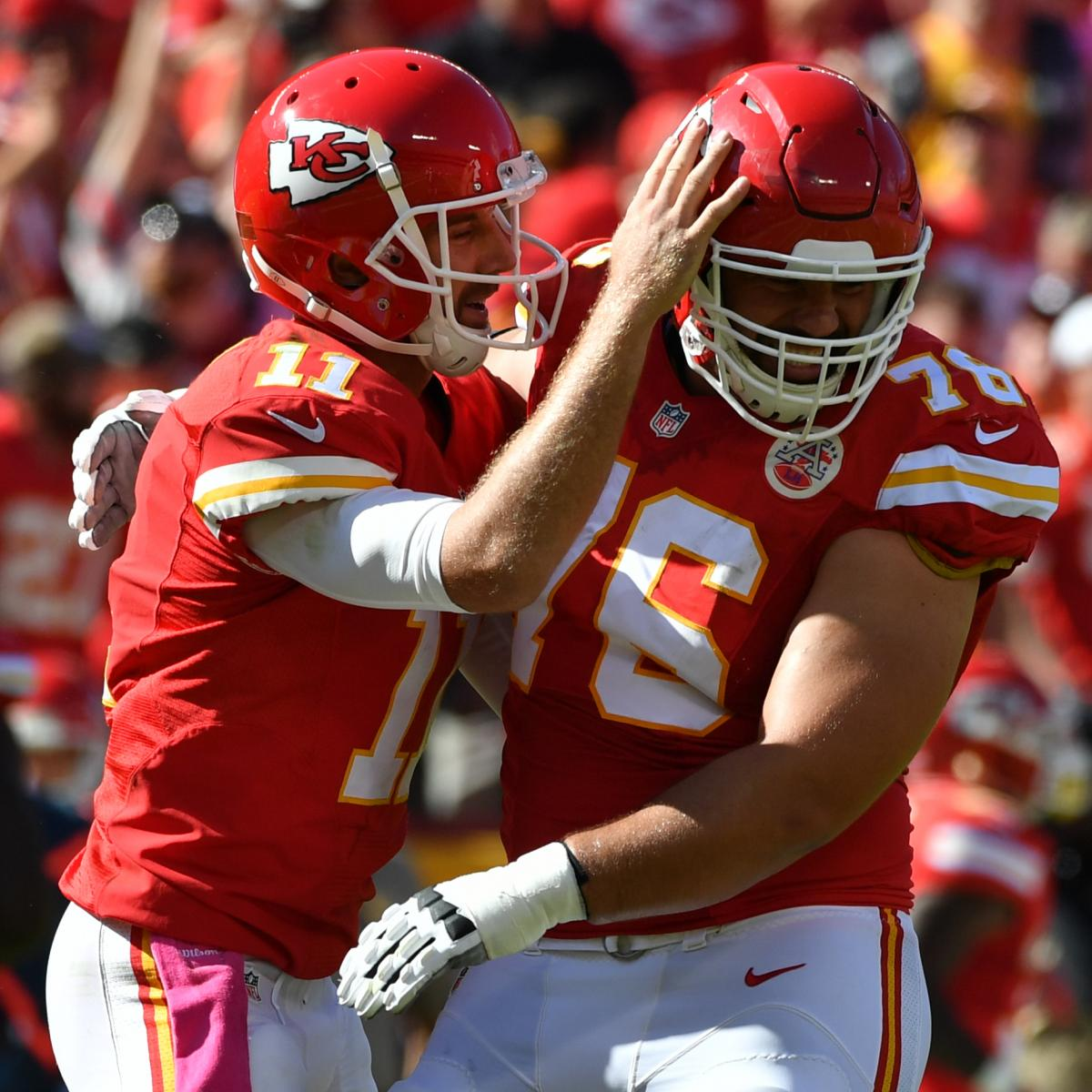 Report  NFL Told Laurent Duvernay-Tardif He Can t Put  M.D.  on Jersey  95a8f93bf