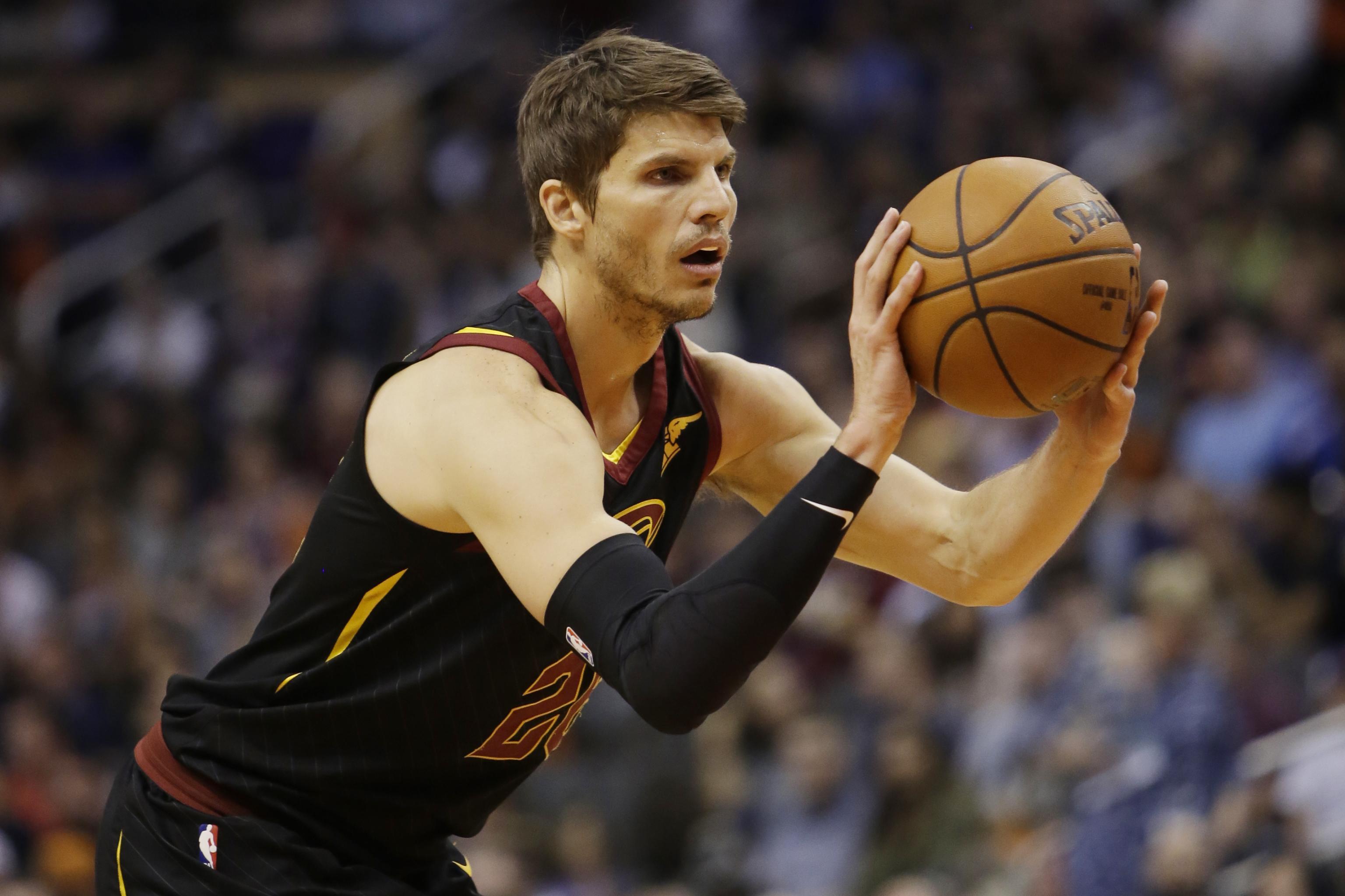 new styles 38ad3 5e292 Kyle Korver Traded to Jazz; Cavaliers Receive Alec Burks, 2 ...