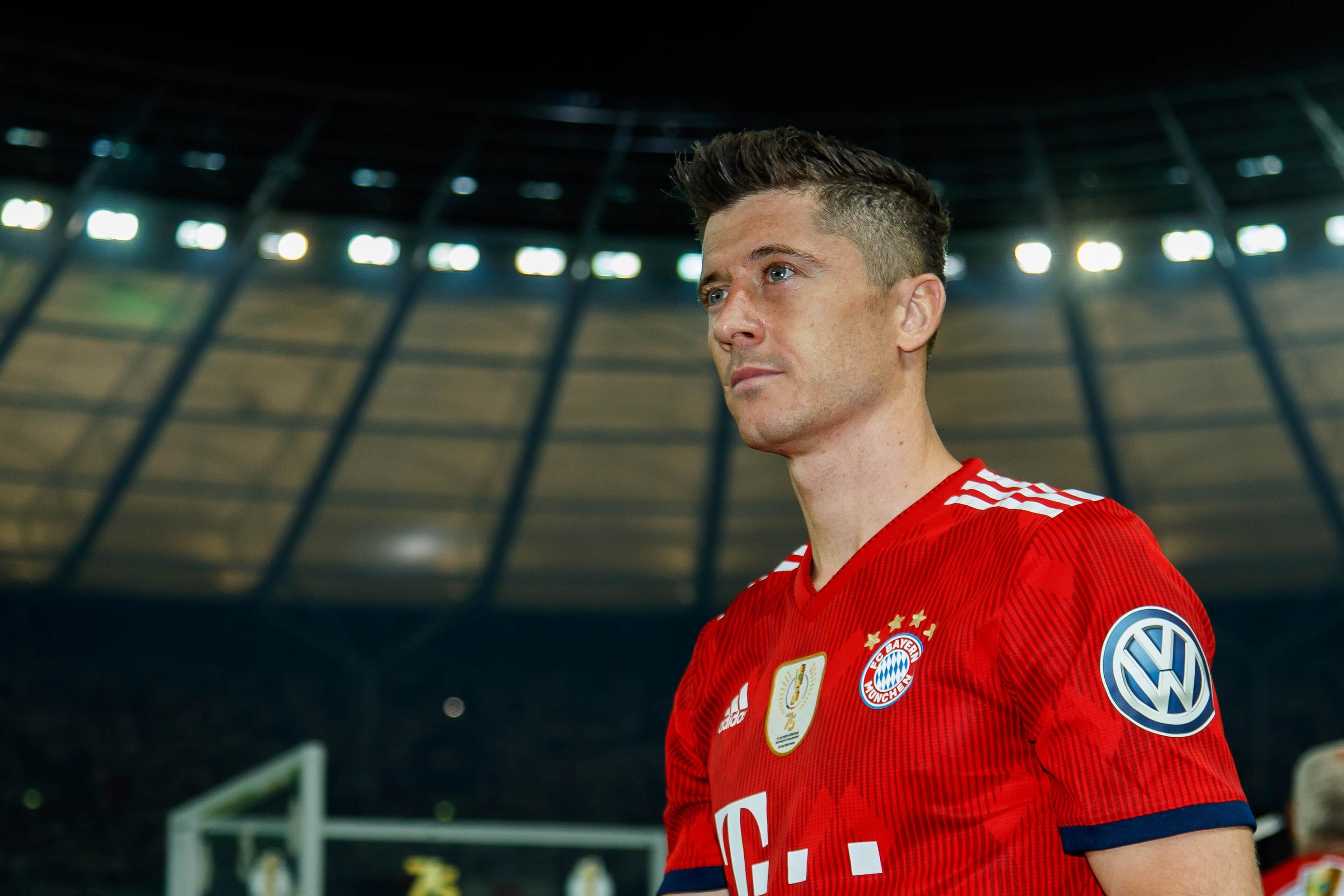 new arrival 60c6b 00d4c Bayern Munich Say They Won't Sell Robert Lewandowski Even ...