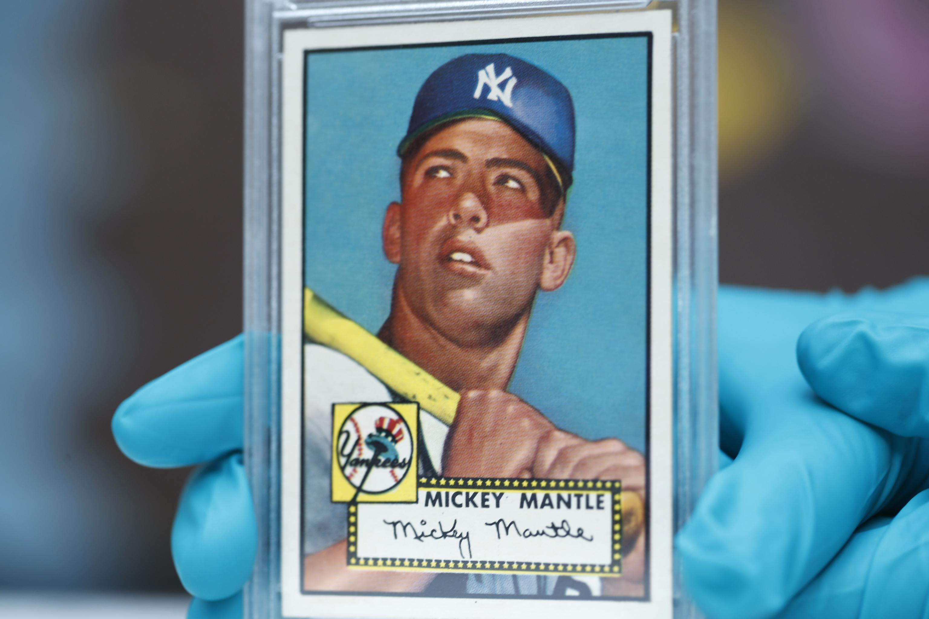 Nj Brothers Find 1952 Mickey Mantle Cards Top Graded Card