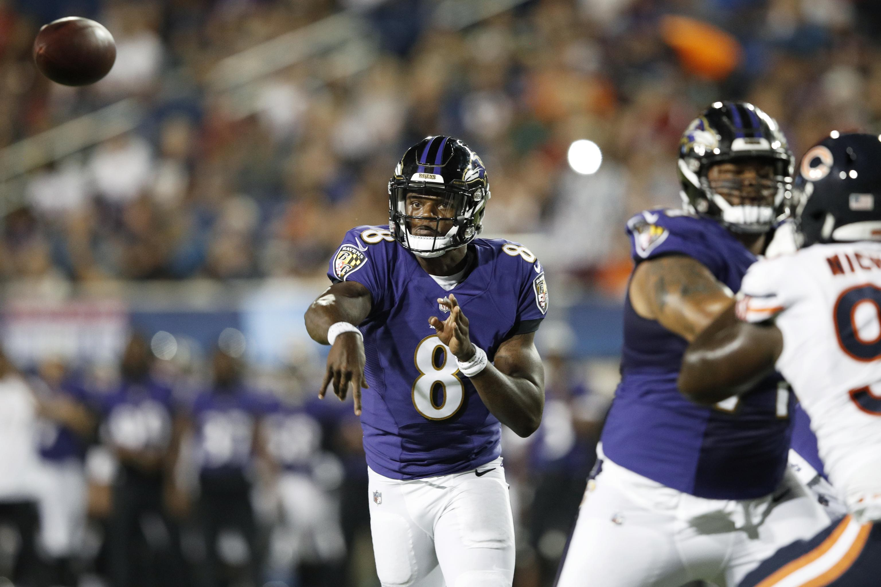 reputable site a7cfa eb802 Lamar Jackson, Ravens Hang on to Beat Bears in 2018 Hall of ...