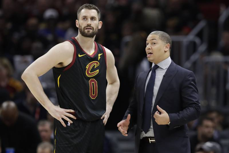 36e175e9a34 Cleveland Cavaliers coach Tyronn Lue talks with Kevin Love during the  second half in Game 4