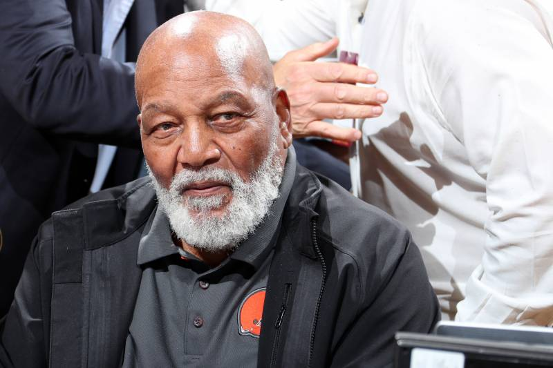 Jim Brown Nfl >> Jim Brown On Donald Trump I Find Myself Really Pulling For