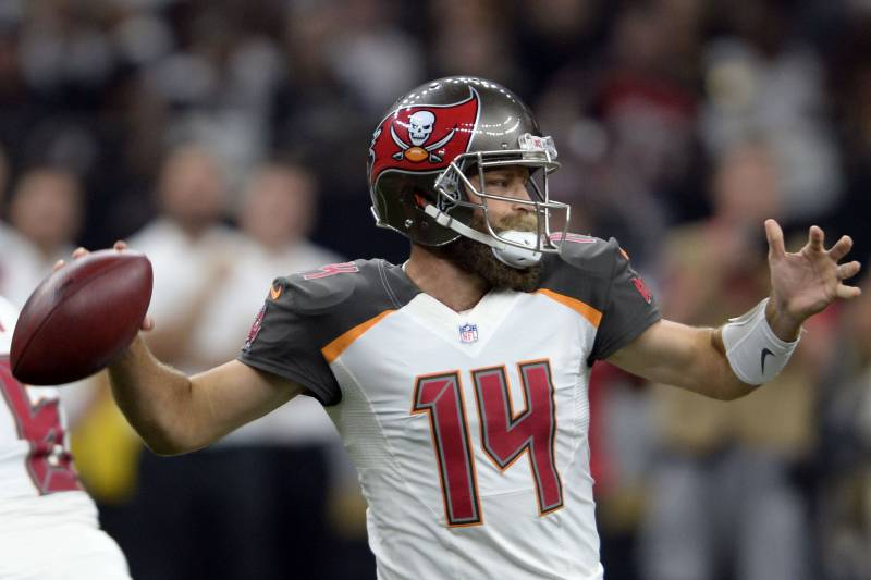 676e60d1888 Tampa Bay Buccaneers quarterback Ryan Fitzpatrick (14) passes in the first  half of an