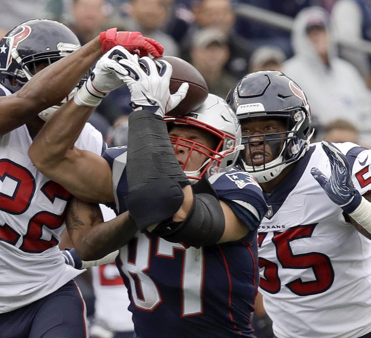 Aaron Colvin Rips Refs for Call on Rob Gronkowski Catch in Texans vs.  Patriots  32c9fdefc