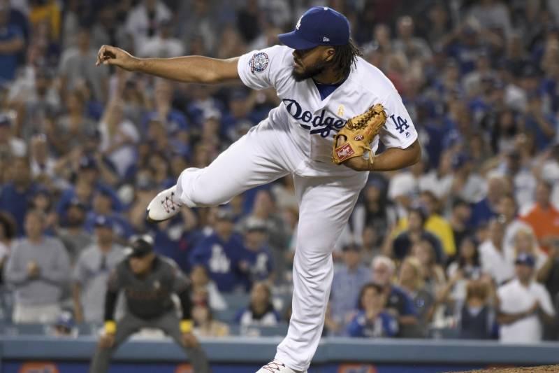 2492d9265 Kenley Jansen Rejoins Dodgers