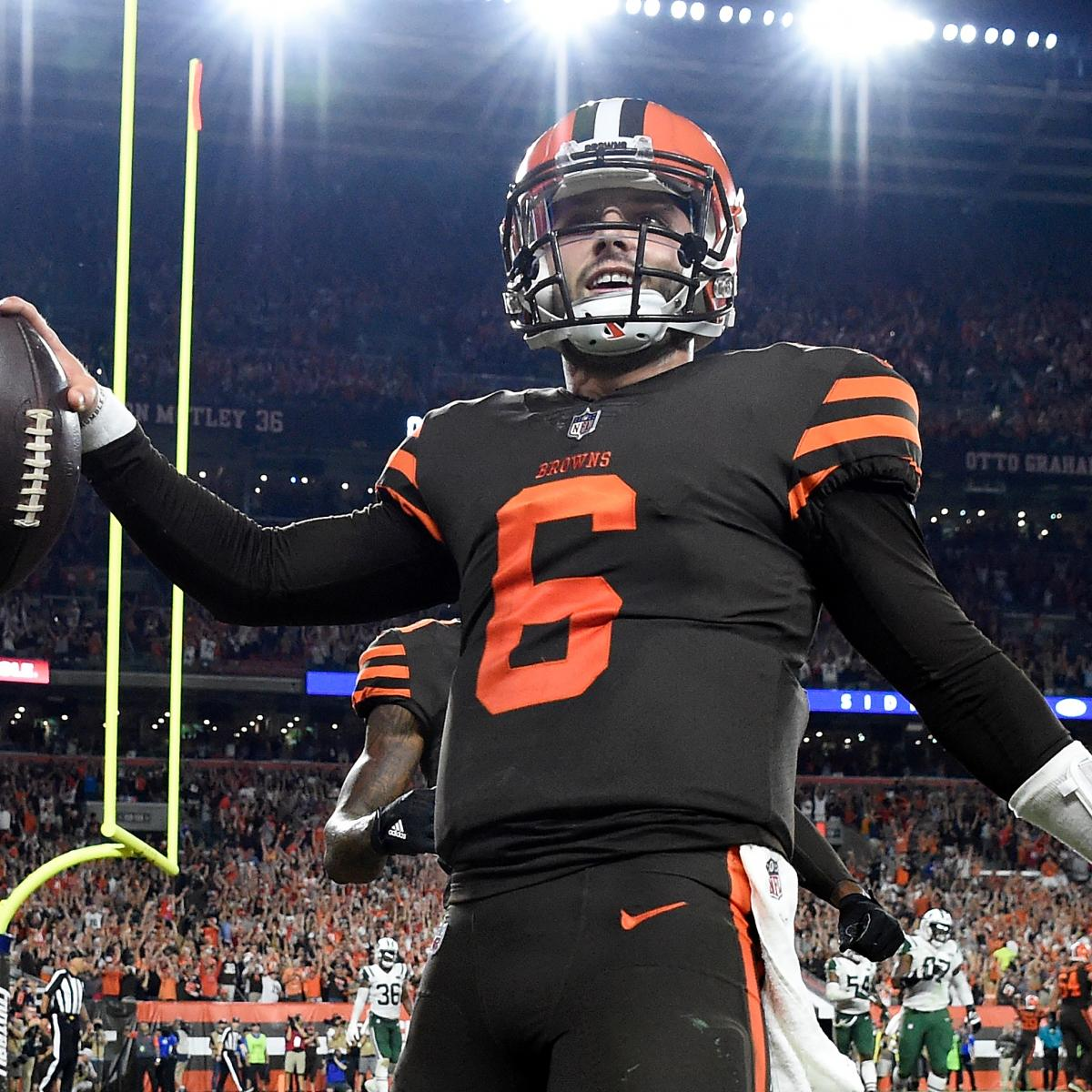 Hue Jackson Doesn't Commit to Baker Mayfield as Starter After Comeback Win