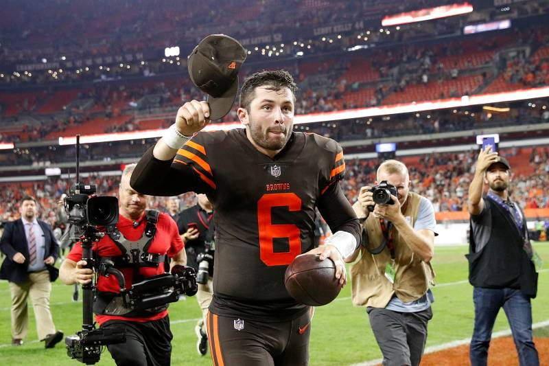 best sneakers 74ca8 bd28e Baker Mayfield's Heroic Browns Debut Led to Increased Jersey ...