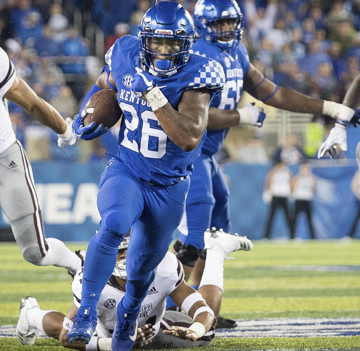 NCAA Football Rankings 2018: Predicting Top Movers in Week ...