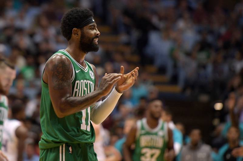 14e5482ac14c Kyrie Irving Tells Boston Crowd He Plans to Sign New Contract with ...