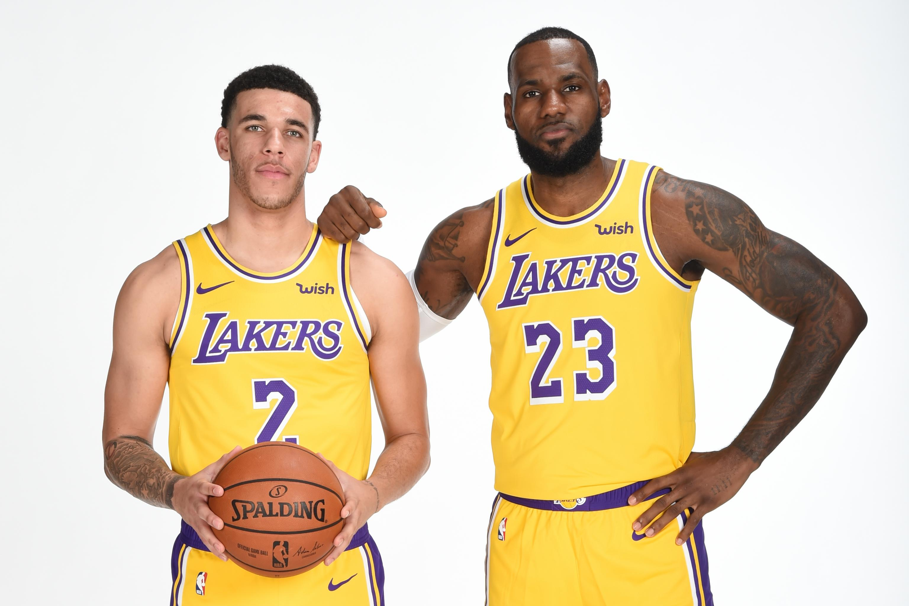 new style cdf77 36e6a Lakers News: LeBron James Tells Lonzo Ball He Was 'Born for ...