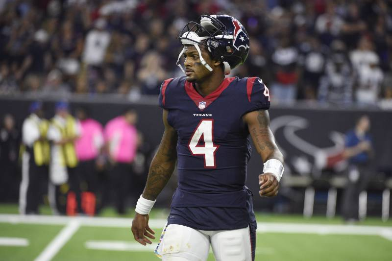 68d2220f Texans QB Deshaun Watson 'For Sure' Will Play vs. Bills Despite ...