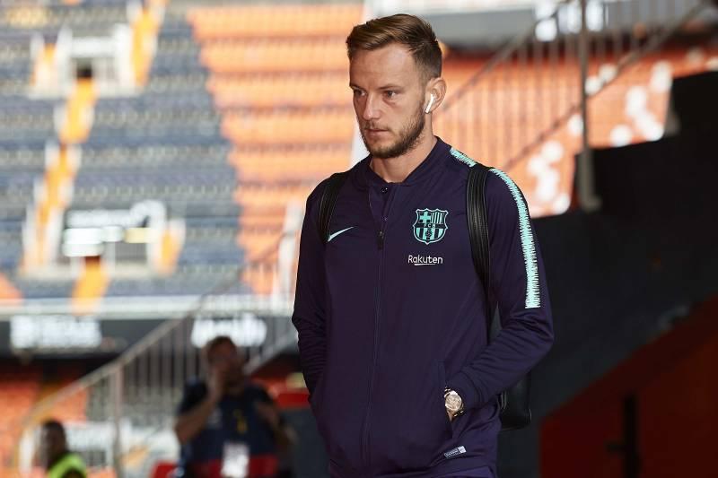 huge discount 9bb5c 00e04 Barcelona Director Confirms Ivan Rakitic Offer, Says Club ...