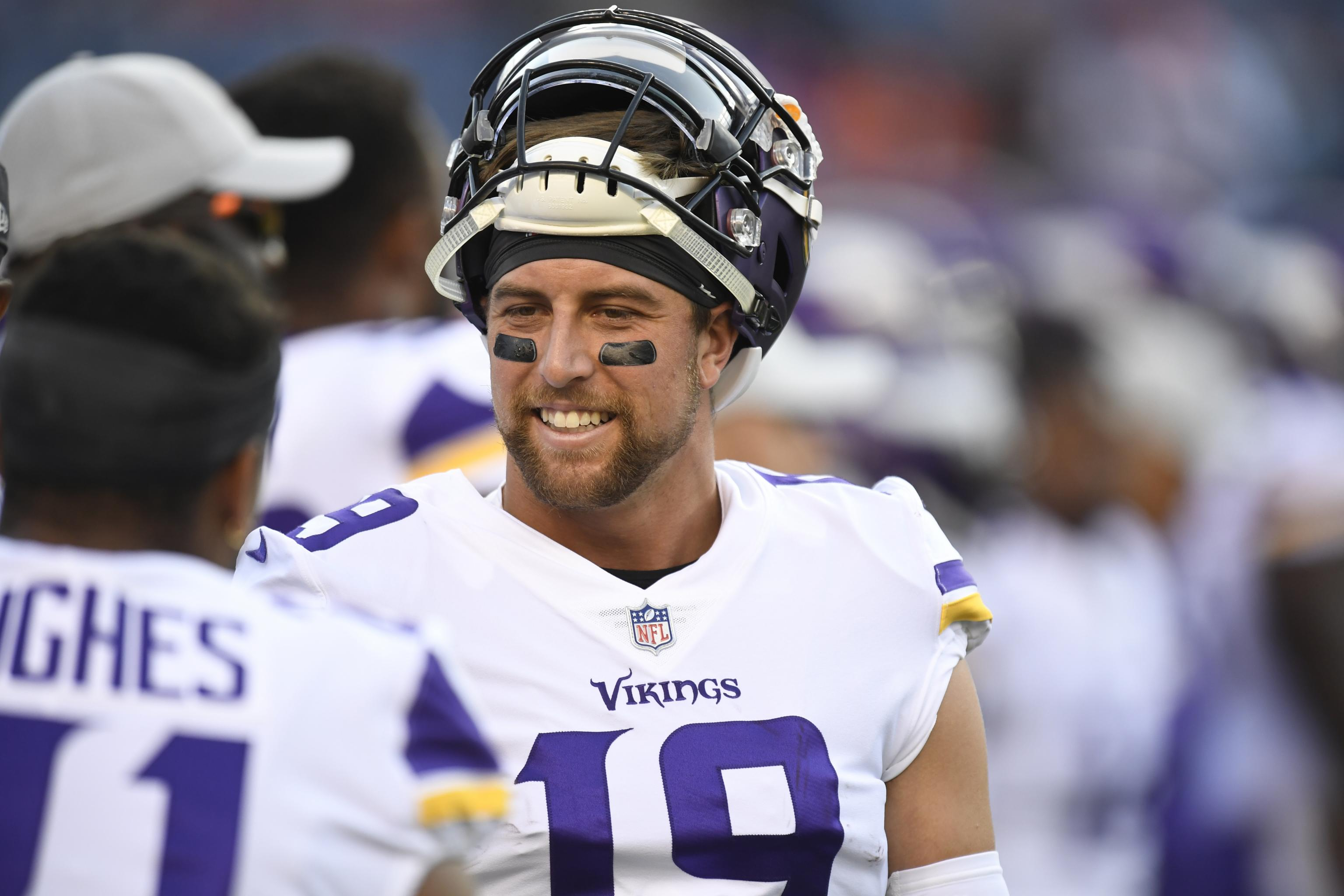 huge discount 0ce6a 1f3d9 After Making Millions for QBs, NFL's Leading WR Adam Thielen ...