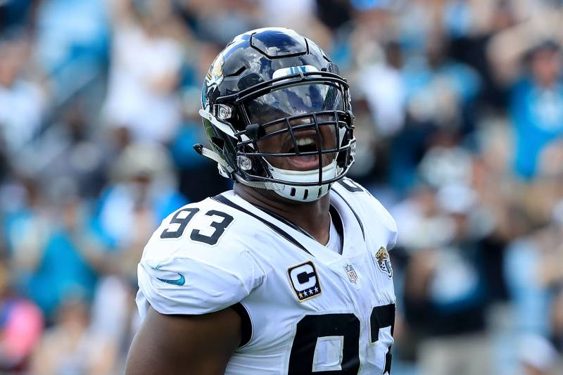 ef565476 Calais Campbell Restrained Yannick Ngakoue in Locker Room After Loss to  Texans