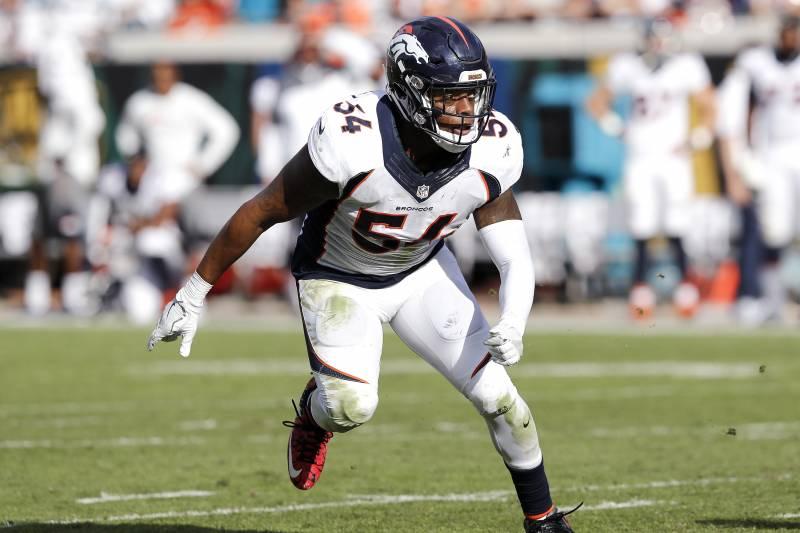 watch 38db0 e9fe9 Brandon Marshall, Raiders Reportedly Agree to 1-Year ...