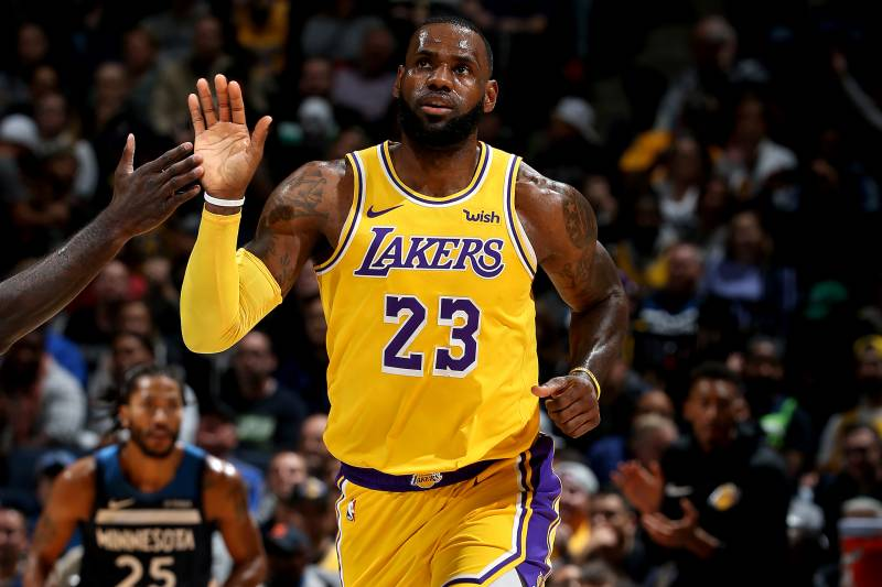 7752cf3157f2 LeBron James Passes Wilt Chamberlain for 5th on NBA All-Time Scoring List