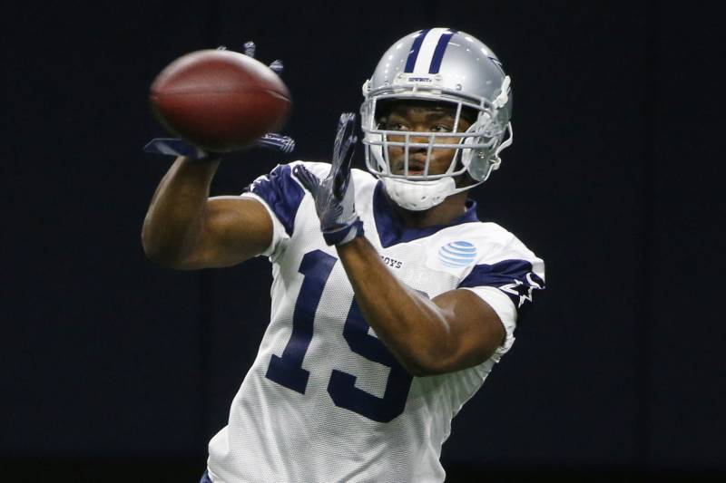 c79bf2176ee Dallas Cowboys receiver Amari Cooper (19) catches a pass during NFL  football practice in
