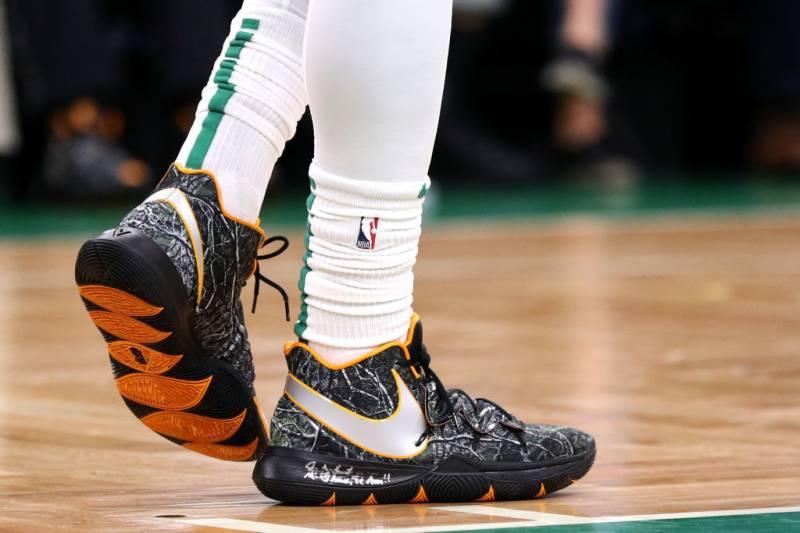f2d46221efdc90 B R Kicks x NBA Nightly  Irving Debuts the Nike Kyrie 5 and More on  November 1