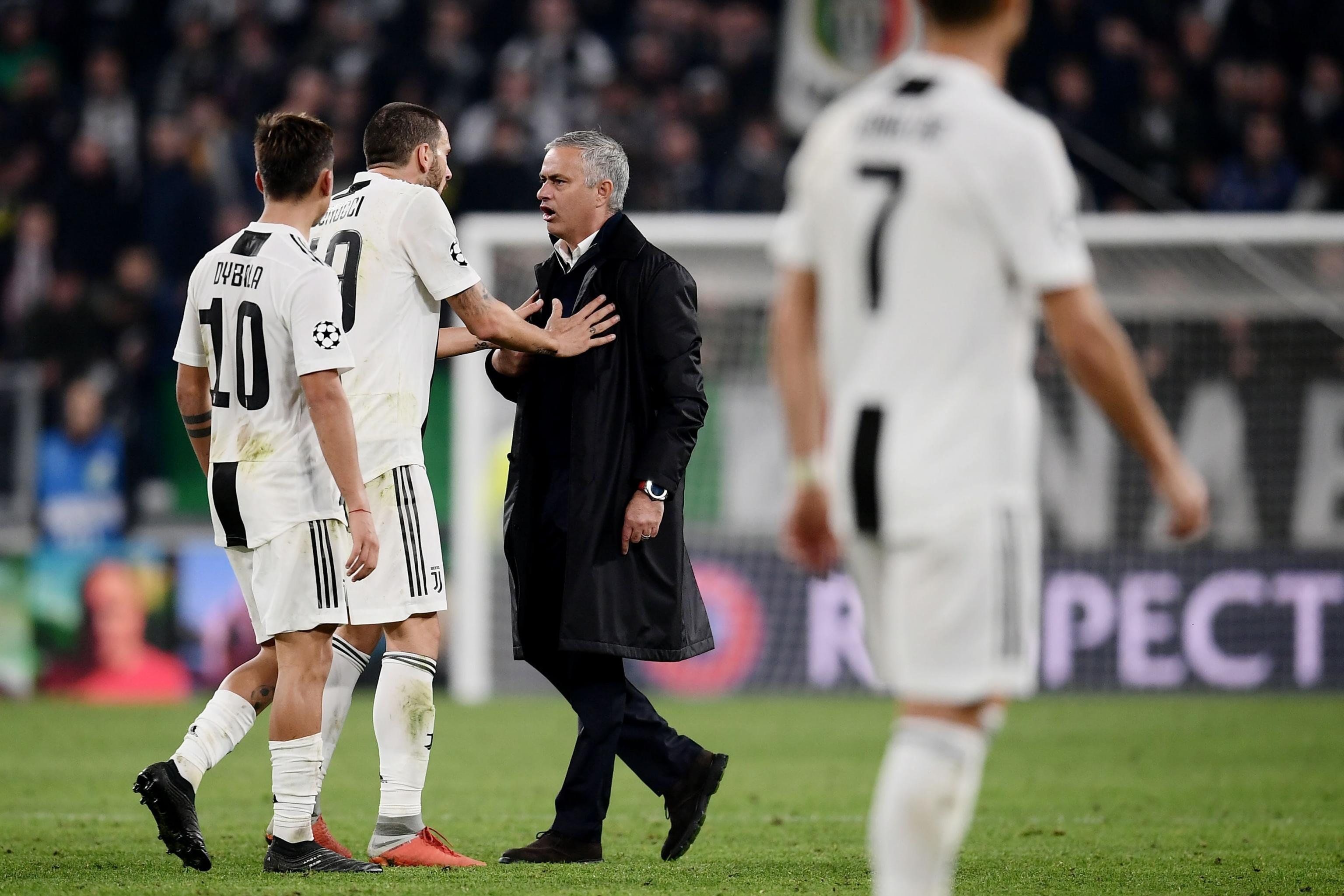 buy popular 7df4c 0da59 Jose Mourinho Reacts After Clash with Juventus Players ...
