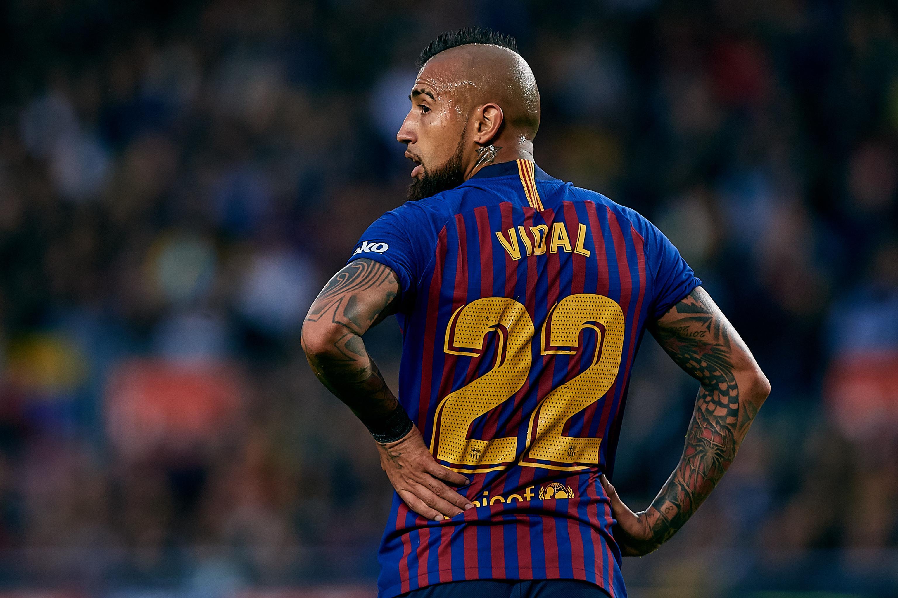 Report Juventus Considering Transfer For Barcelona Midfielder Arturo Vidal Bleacher Report Latest News Videos And Highlights