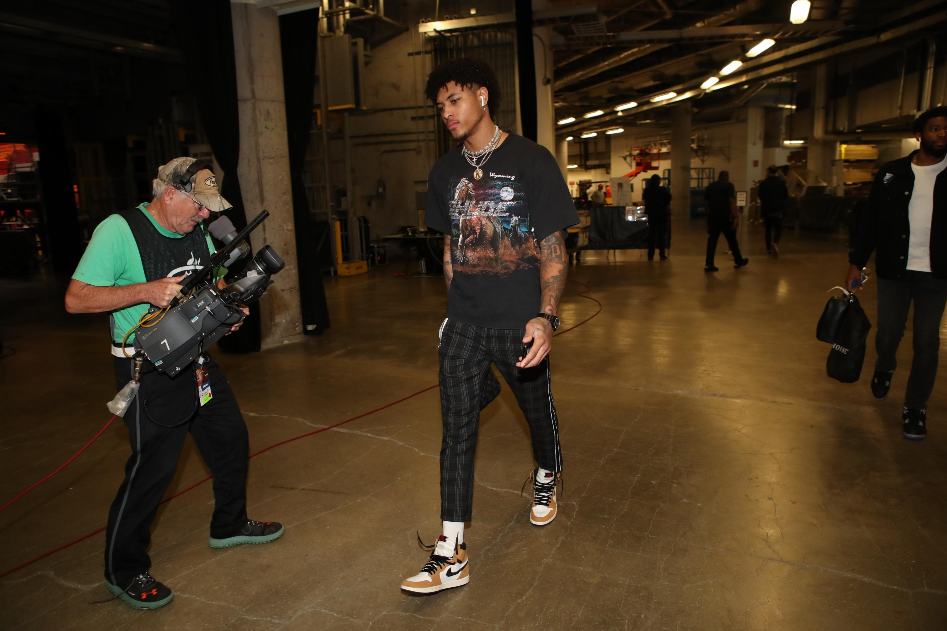 half off e108c 4713d Kelly Oubre Jr. Signs Converse Contract; Will Still Wear ...