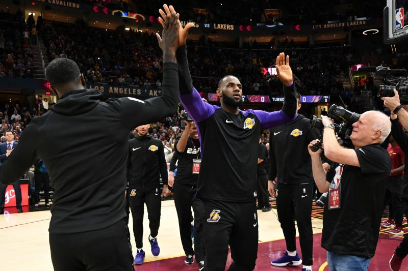 Lakers Vs Cleveland 2018 >> Lebron Lakers Vs Cavs Is Espn S Highest Rated Regular