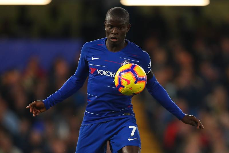 buy popular 7f794 8137c N'Golo Kante Signs New 5-Year Contract at Chelsea | Bleacher ...